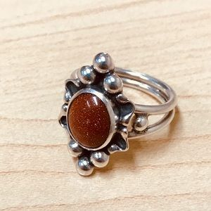 Jewelry - Sterling Silver Brown Goldstone Ring